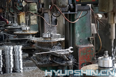 Jinan Hyupshin Flanges Co., Ltd, Flanges Manufacturer, Flanges Forging, Rolling